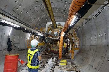 Chính thức thông nhánh hầm metro đầu tiên của Việt Nam