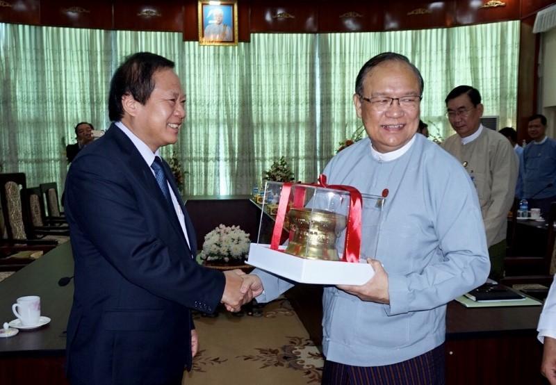 Myanmar cam kết tiến độ cấp phép cho doanh nghiệp Việt Nam