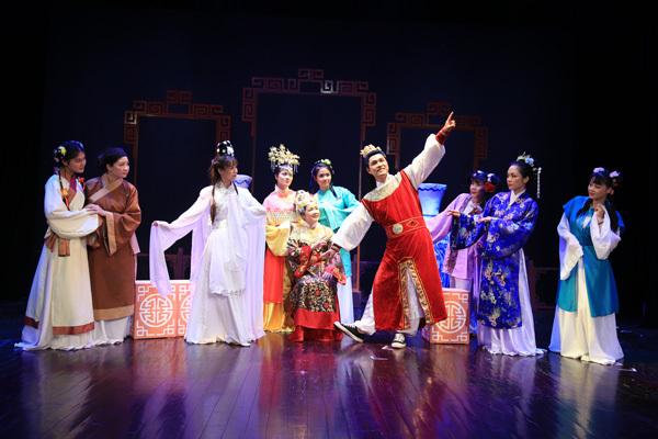 Xem Hồng Lâu Mộng trên sân khấu kịch Việt Nam