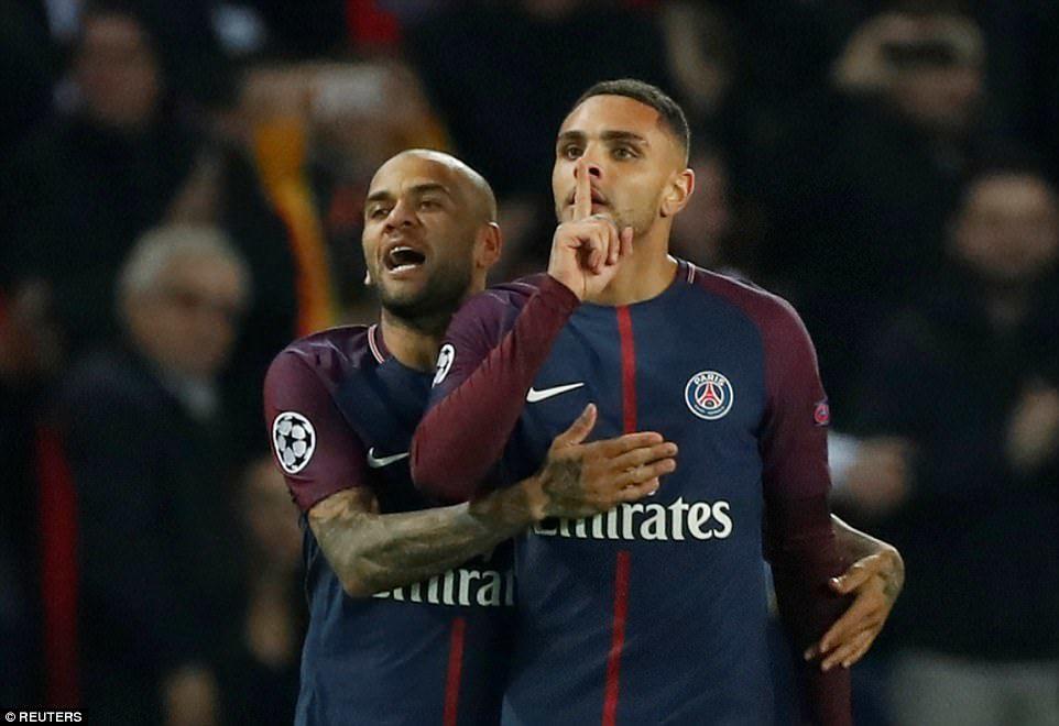 Neymar lập siêu phẩm, PSG thắng 5-0 và đoạt vé knock-out sớm