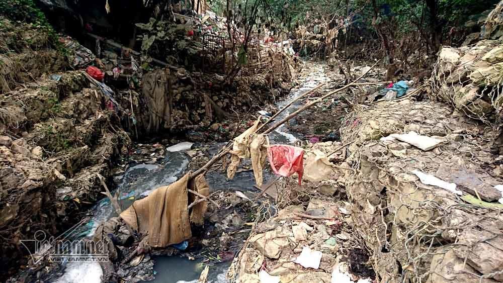ô nhiễm,rác thải,Hà Nội,Cầu Long Biên