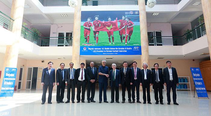 """Chủ tịch AFC: """"Châu Á cần phải học tập VFF"""""""