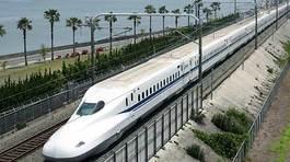 Xây đường sắt cao tốc cự ly 300km: Căng vốn, chưa đủ trình độ