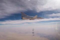 Xem oanh tạc cơ Nga dội bom cứ điểm IS