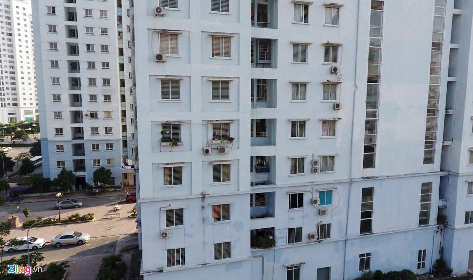 Bị dân chê, hàng loạt tòa nhà tái định cư bỏ hoang tại Hà Nội