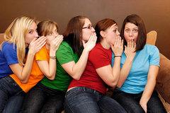 Những từ vựng tiếng Anh đủ để tám chuyện về các chị em