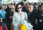 T-ara thu hút hàng ngàn fan Việt khi xuống sân bay