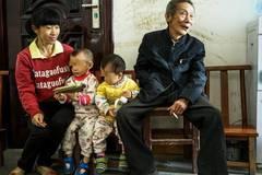 Thầy thuốc 78, lấy vợ kém 45 tuổi, sinh liền hai con