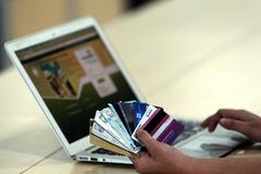 Mánh chiếm tài khoản ngân hàng qua Facebook khiến nạn nhân như bị thôi miên