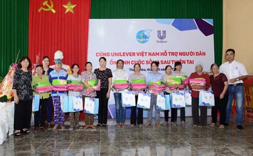 Unilever ủng hộ người dân vùng bão lũ