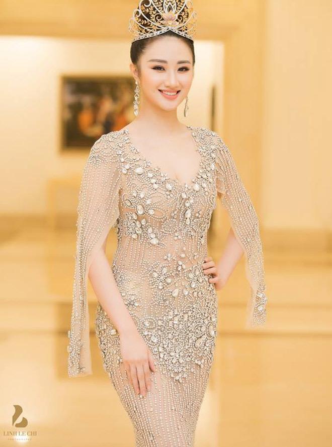 Hoa hậu Thu Ngân giảm 12kg sau 2 tháng sinh con cho đại gia