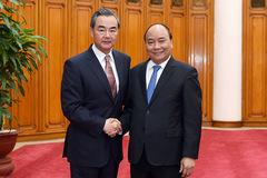 Thủ tướng tiếp Bộ trưởng Ngoại giao Trung Quốc Vương Nghị