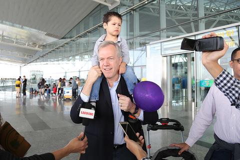 Đại sứ Mỹ chào Việt Nam