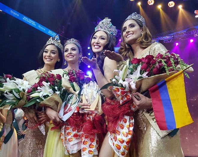 Hà Thu trượt Top 8, Phillippines đăng quang Miss Earth 2017