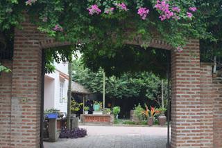 Thăm nhà vườn của NSND Vương Duy Biên