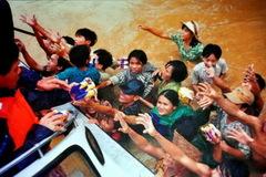 Nhìn lại trận 'đại hồng thủy' ở miền Trung năm 1999: Những hình ảnh không thể nào quên
