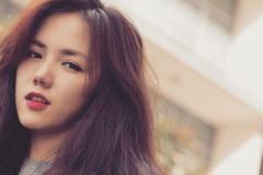 Phương Ly khiến fan bật cười với màn ăn mừng MV triệu view không giống ai