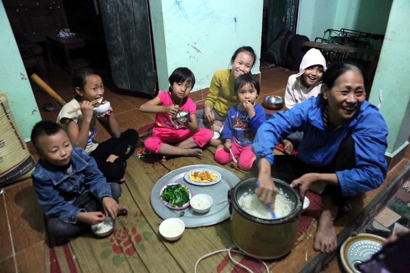 29 tuổi, sòn sòn đẻ 8 con ở Hà Nội - ảnh 4