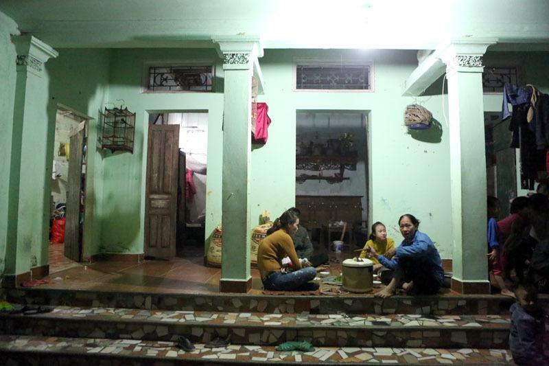 29 tuổi, sòn sòn đẻ 8 con ở Hà Nội - ảnh 5