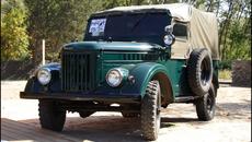 Những mẫu xe Liên Xô huyền thoại từng là niềm mơ ước của dân giàu thế giới