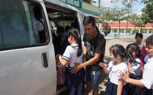 Báo động xe đưa rước học sinh không an toàn