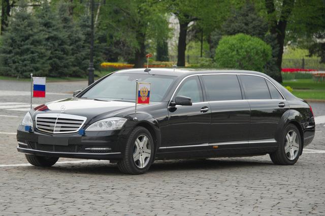 Hé lộ siêu xe của Tổng thống Putin vừa tới Đà Nẵng