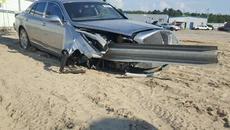 Xe siêu sang 7 tỷ bị tai nạn đang rao bán 300 triệu đồng