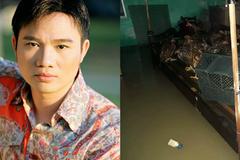 Nhà Quang Linh ngập sâu trong nước lũ