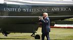 Đang trên đường tới DMZ, ông Trump phải quay về