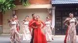 Sốt xình xịch điệu nhảy '60 năm cuộc đời' trong đám cưới cực chất của đôi trẻ Sài thành