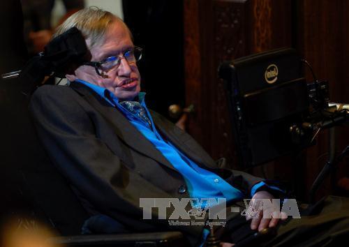 Stephen Hawking: Trí tuệ nhân tạo có thể là điều tồi tệ nhất lịch sử nhân loại
