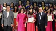 Tuyên dương 100 nhà giáo Hà Nội tâm huyết, sáng tạo