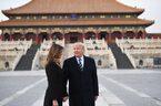 Ông Trump đặt chân tới Bắc Kinh, ăn tối ở Tử Cấm Thành