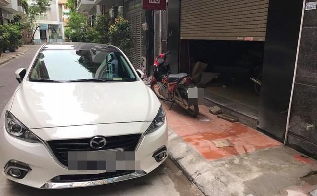 Vào hầm để xe, tài xế giật mình với cảnh tượng trước mắt