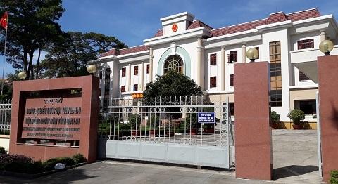 Kỷ luật 3 cán bộ Văn phòng HĐND tỉnh chi tiếp khách tiền tỷ