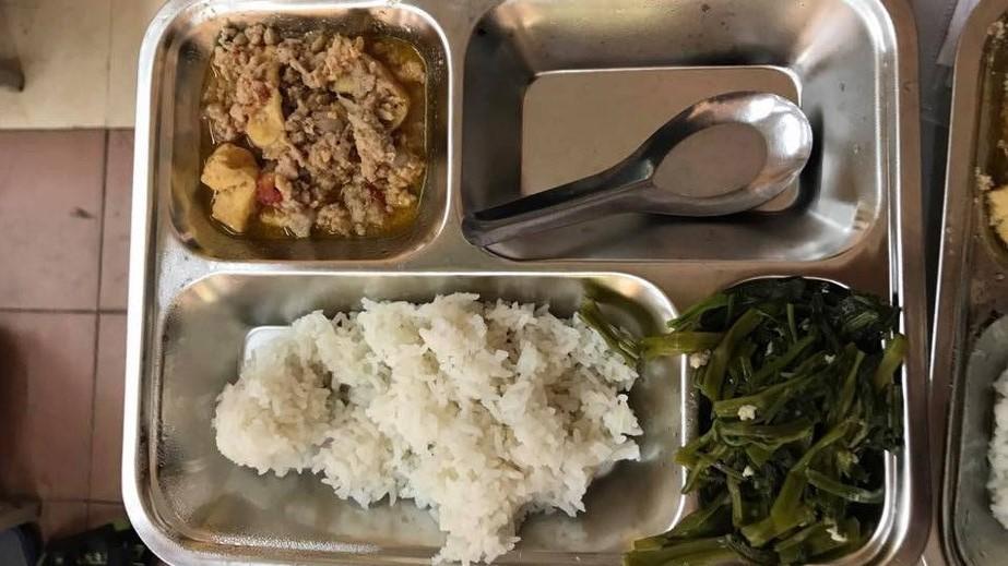 Hà Nội tăng cường kiểm tra đột xuất bữa ăn bán trú