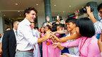 Thủ tướng Canada từng mơ trở thành giáo viên