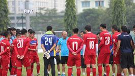 Việt Nam vs Afghanistan: Thầy Park căng thẳng nhất!
