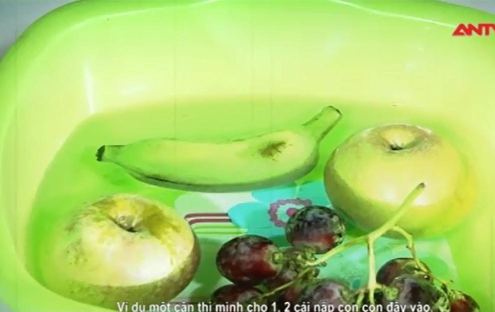 Hóa chất lạ khiến hoa quả nhập Trung Quốc luôn tươi rói