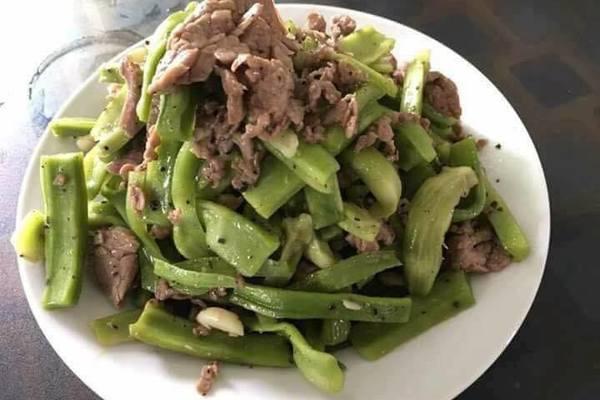 Ăn rau khô quả dại, uống sỏi mật trâu bò: Hưởng chất chịu giá chát