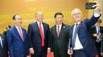 Lãnh đạo APEC tươi cười chụp ảnh selfie