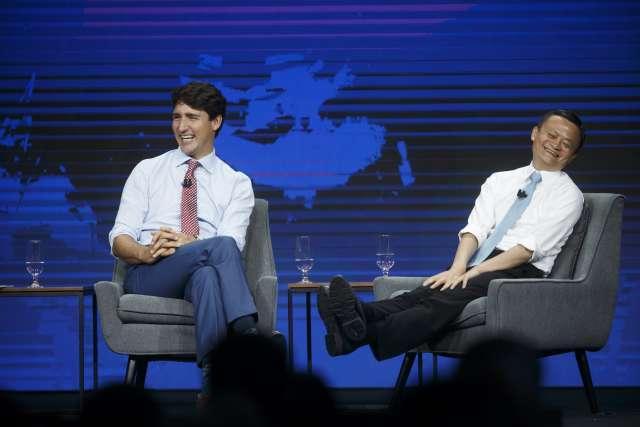 Những mẩu đối thoại hài hước giữa Thủ tướng Canada và tỷ phú Jack Ma