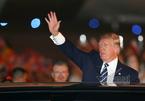 Trực tiếp: Đoàn xe chở Tổng thống Trump lăn bánh về khách sạn