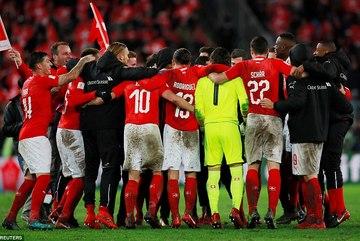 Hòa nghẹt thở Bắc Ireland, Thụy Sỹ đoạt vé dự World Cup