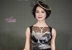 U50 Thanh Mai diện váy đính 20.000 viên kim cương nhân tạo
