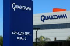Từ chối 103 tỷ USD, Qualcomm không bán mình chờ tăng giá