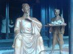 Nhà giáo được dân gian suy tôn là tiên tri số 1 Việt Nam