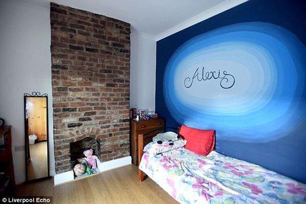 Mua nhà ma cũ nát giá 1 bảng Anh, cặp vợ chồng cải tạo thành căn hộ đẹp kinh ngạc - ảnh 8