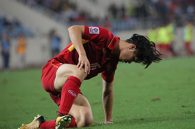 Công Phượng chơi thảm họa, HLV Park Hang Seo phát biểu không ngờ