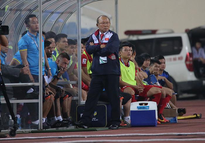 """Ông Hải """"lơ"""": Đừng vội phán xét HLV Park Hang Seo"""